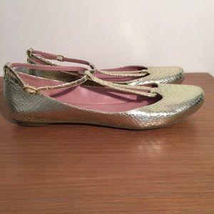 8726c06a3ce184 Se Boutique by Sam Edelman Design Group Shoes - Se Boutique Metallic Gold  Flats