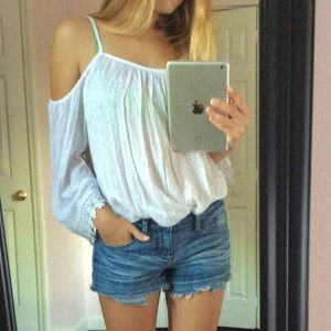 Tops - Off the shoulder white top