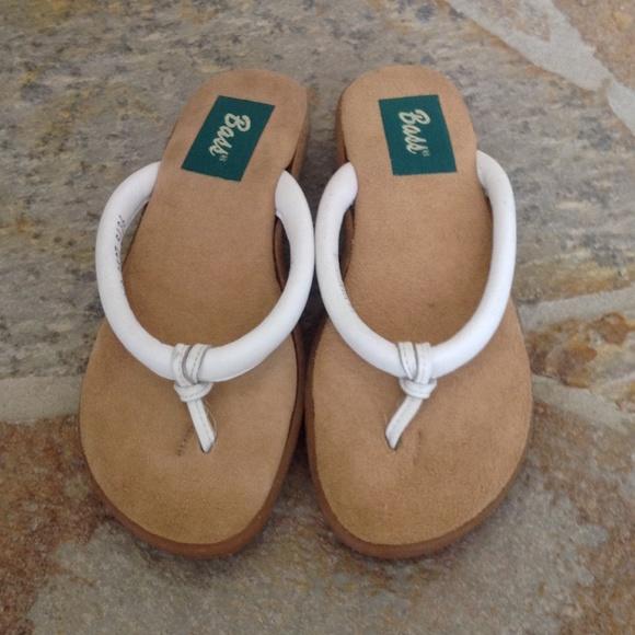 8464bb6ece783 Bass Shoes - Bass Leather Flip Flops
