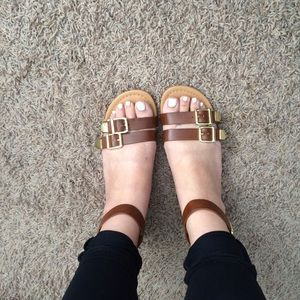 Shoes - Brown Buckle Strappy Sandals