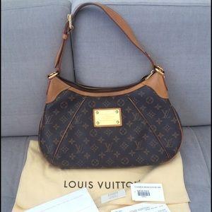 Authentic Louis Vuitton Thames GM Purse