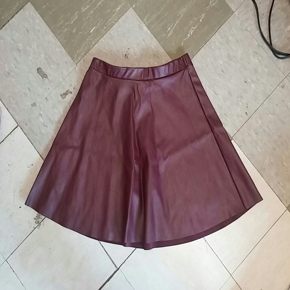 48 russe dresses skirts maroon leather