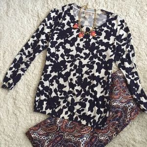 Leaf print sweater