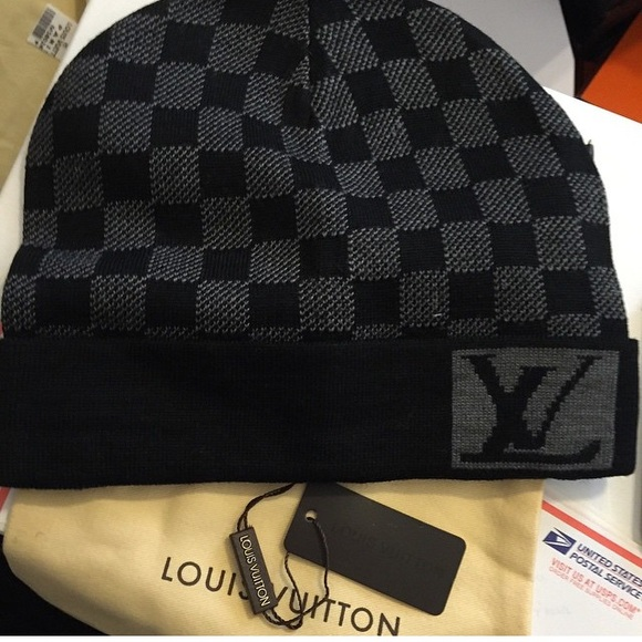 Louis Vuitton Accessories - LV skully 1707bf03c14