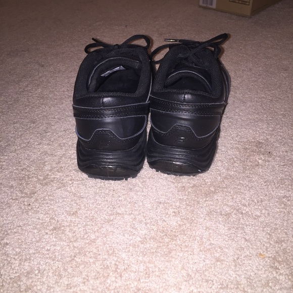 78 fila shoes black fila non slip work shoes from