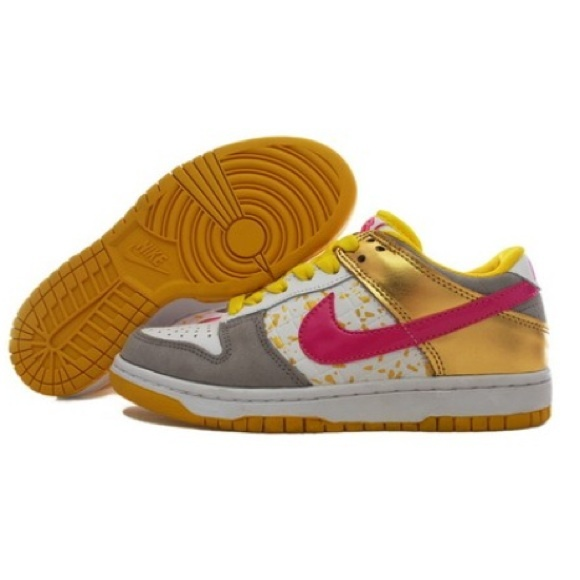 pretty nice f99d5 006a2 ... Nike Dunk Low Shoes Pink Yellow Gold. M 5533c474c7dcbf3f64006df3