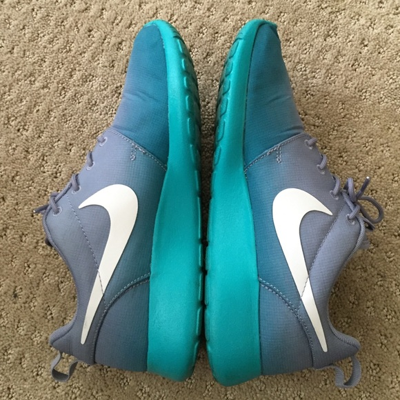 ff76d3c22cc98 Nike Shoes - Women s Lavender Teal ombré Roshe Run 1 s