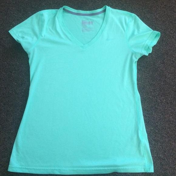 Green Mint Nike Poshmark Tshirt Tops Drifit q7O7pa