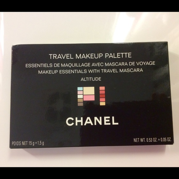 cda8a3ab8bd Chanel Altitude Travel Makeup Palette Kit