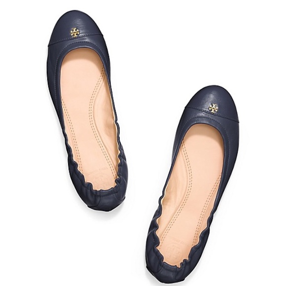 622017ebcfa203 🔴FINAL SALE🔴Navy blue Tory burch flats. M 55342d336e3ec24e0500a41c