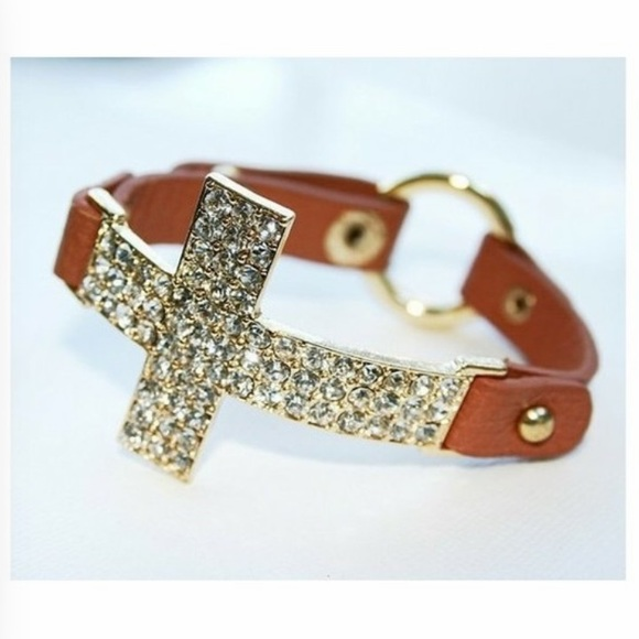 Jewelry - Leather cross bracelet