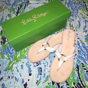 New in box Lilly Pulitzer mckim sandal white 8.5