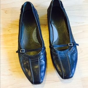 Navy Blue Clarks Leather Shoes 9 1/2