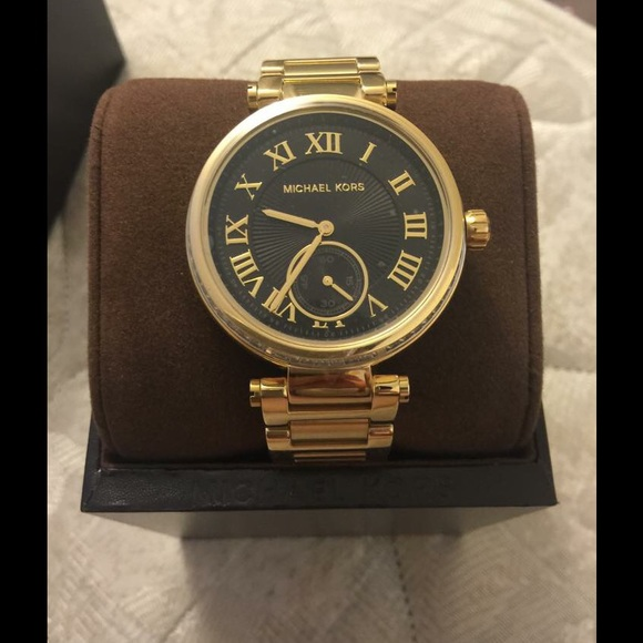 1ba5181522ec Michael Kors Skylar Gold Tone Women s Watch MK5989