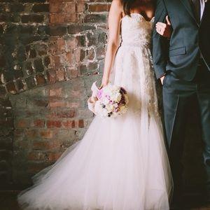 Reem acra heavenly lace dress