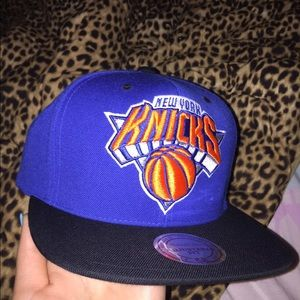 Other - New York Knicks snap back