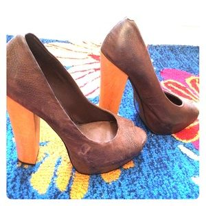 Aldo Leather/Wood Pumps Brown Size 38