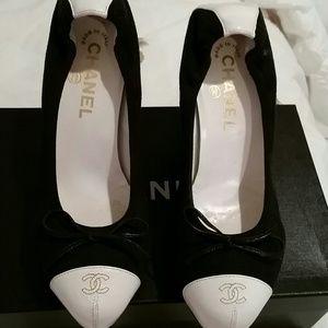 CHANEL Shoes - Authentic Chanel stretch pumps .