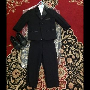 black suit set for toddler w/ matching dress shoes