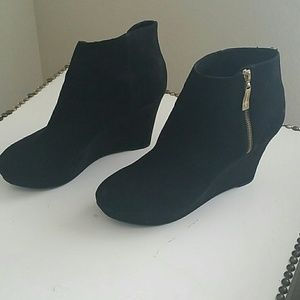 Christian Siriano Shoes - Black with gold accent booties