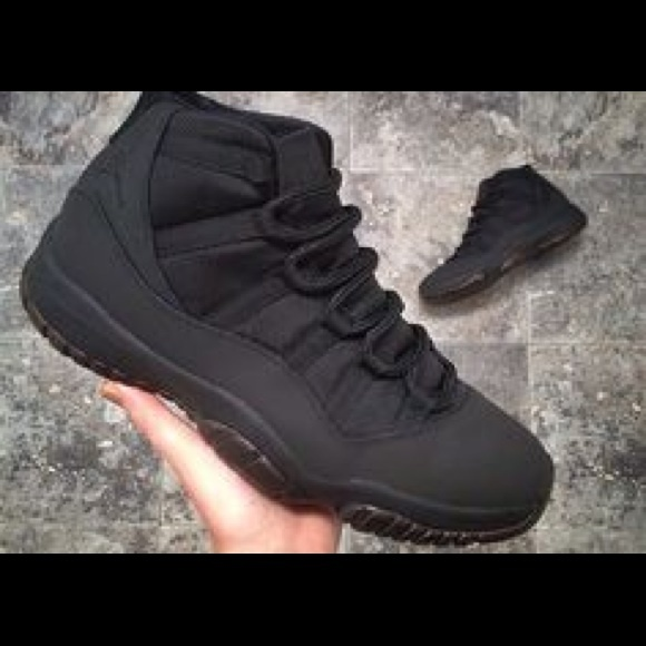timeless design 34432 9bad8 Solid Black Air jordan bred 11s