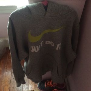 Nike Huddy