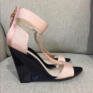 Boutique 9 sandals in blush/champagne
