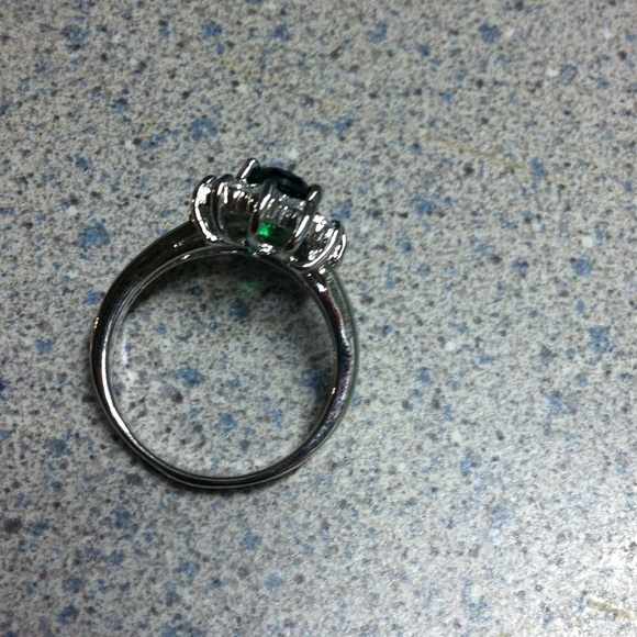 10k white gold filled emerald ring 8 from debbie s closet