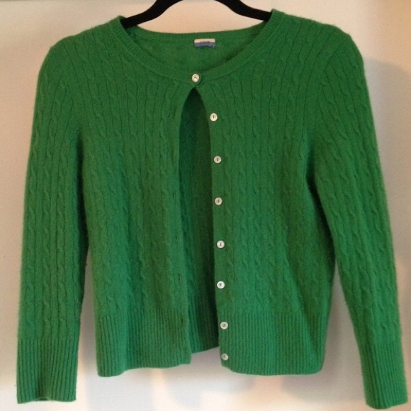 93% off J. Crew Sweaters - Kelly Green Cashmere Sweater from ...