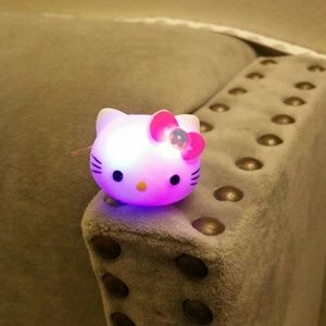 flashing lightning hello kitty - photo #31