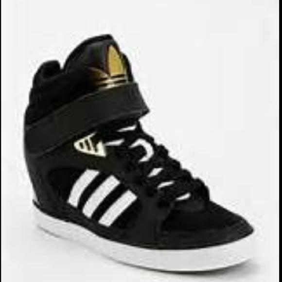 Le Adidas Classico Nascosto Scheda Scarpe Poshmark