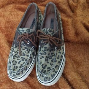 Sperry Top-sider slip ons