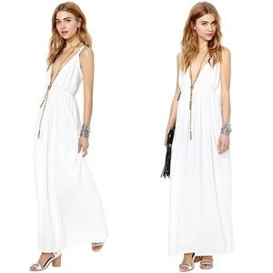 Beautiful Nasty Gal white goddess long dress