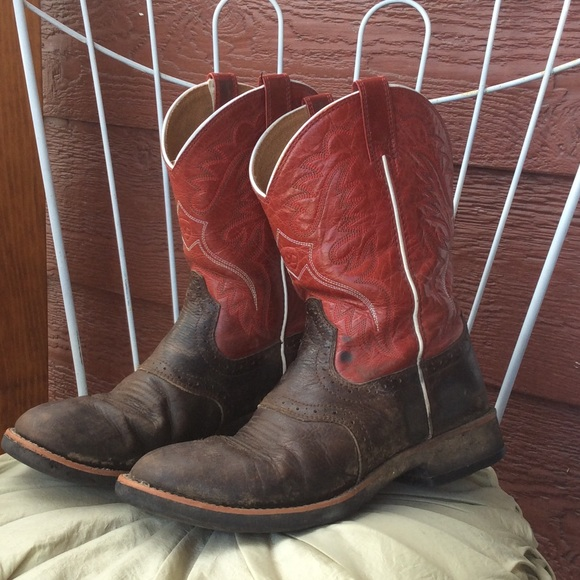 73% off Ariat Boots - 💢bundled💢 Ariat cowboy boots from Alyssa&39s