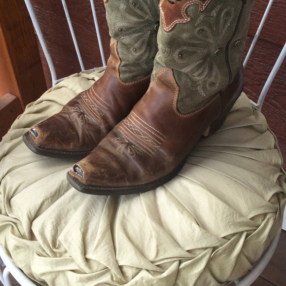 79% off Ariat Boots - Ariat daisy cowboy boots from Alyssa's ...