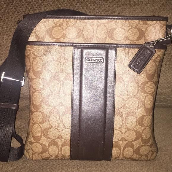Coach mens/womens zip cross body messenger bag