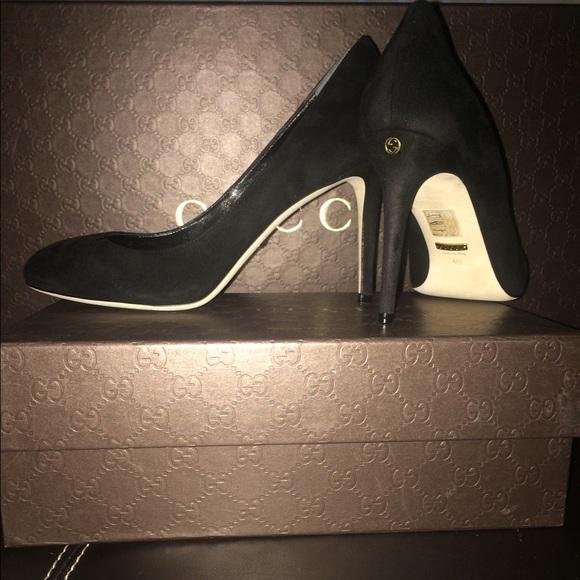 63df80100f2 Black Gucci suede pumps NWT