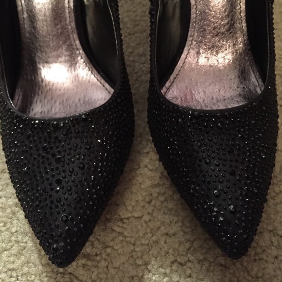 Diba Shoes - Black sparkly embellished heels for anything! 👠