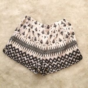 Irene's Story - High waisted Floral Patterned Shorts from Gabi's ...