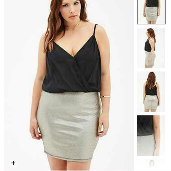 Plus size gold and black body con dress NWT