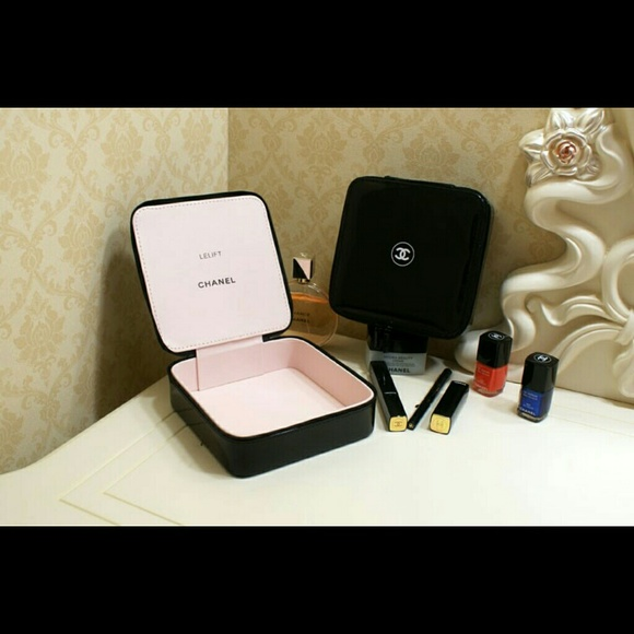 CHANEL Accessories Lelift Cosmetic Bag Jewelry Box Makeip Box