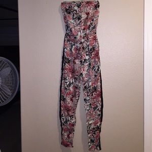 Other - EUC one piece romper size S