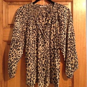 Tucker 100% silk leopard print blouse in Small
