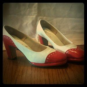 Shoes - Vintage pumps