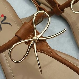 R Shoes - The most adorable bow sandals!