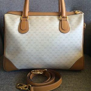 Gucci Bags - Vintage Gucci bag . Authentic .