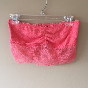 American Eagle Outfitters Other - American Eagle Outfitters Lace Bandeau🎀