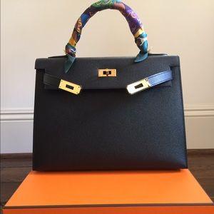 hermes bag price range - s_5539778cf092822e56000019.jpg