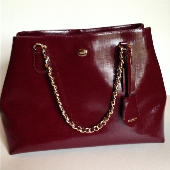 73746054bb Final SALE!❤️NWT Coach Burgandy Leather Chain Tote