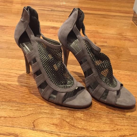 af9e49f69eea ALDO Shoes   Grey Suede Sandals Size 37   Poshmark